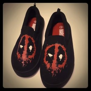 Marvel dead pool shoes.